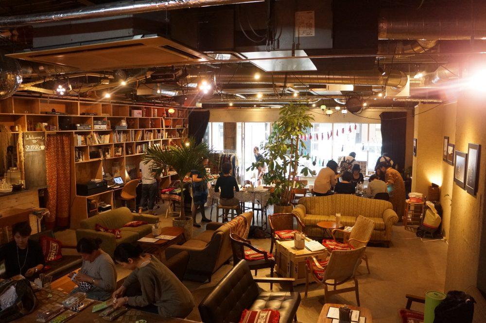 東京錦糸町カフェバー「シルクロード」での展示販売会