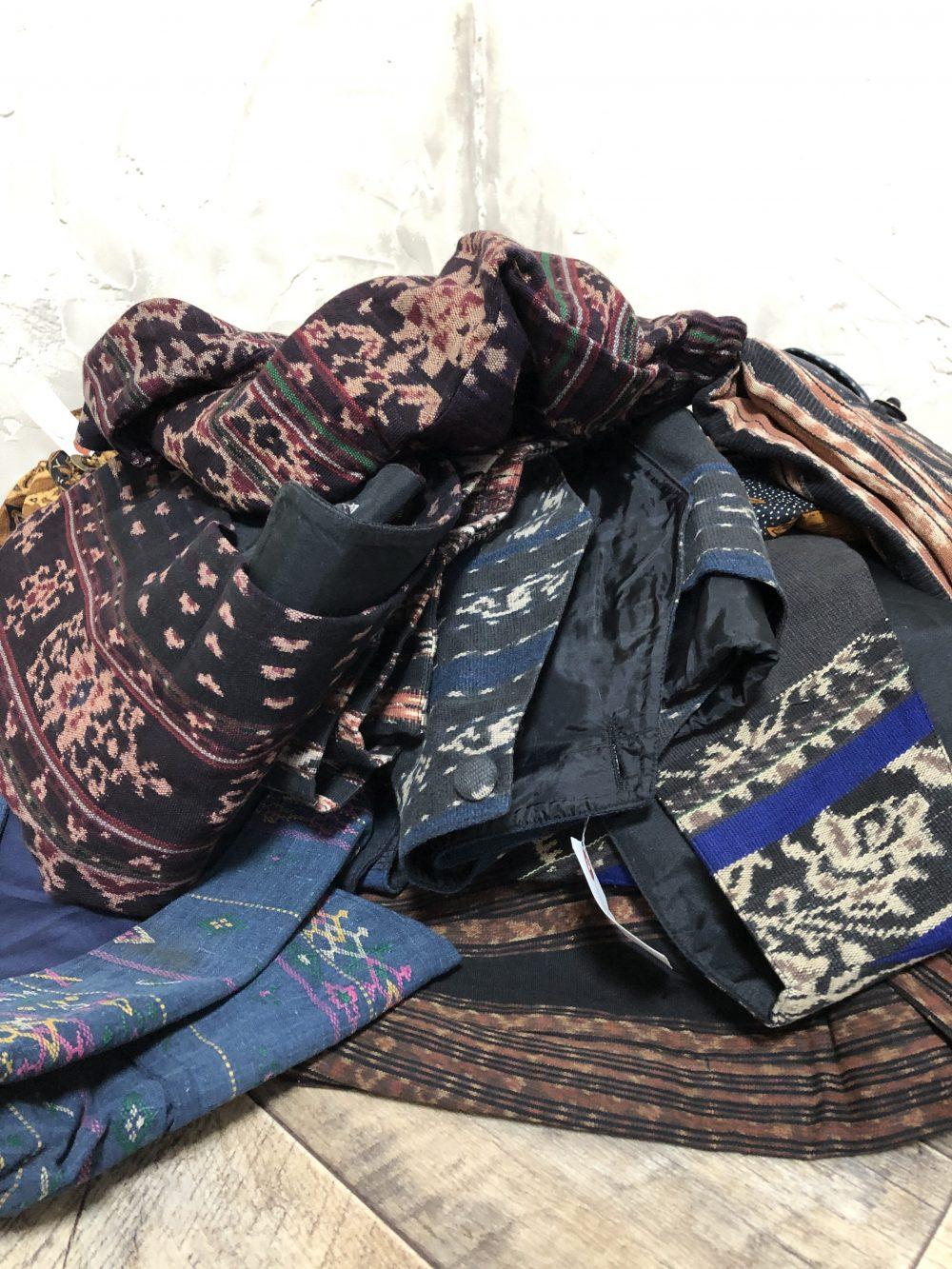 きびるアクションアトリエ。インドネシアの洋服